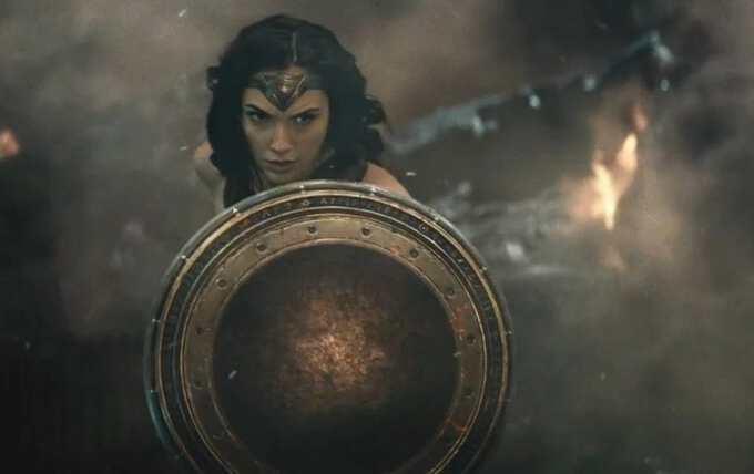кадр из фильма Чудо-женщина 2017 года