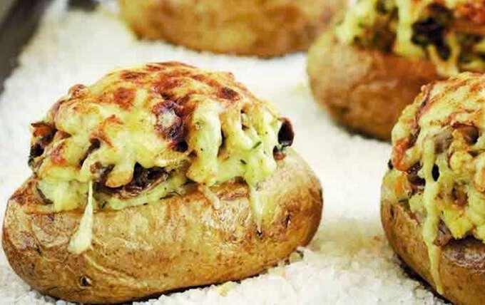 картофель, фаршированный грибочками