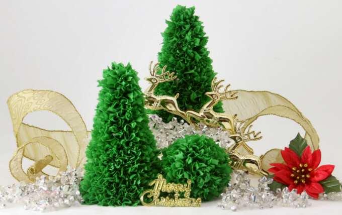 новогодний декор с бумажными елочками