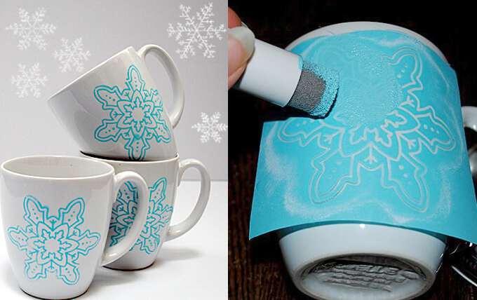 снежинки на чашке