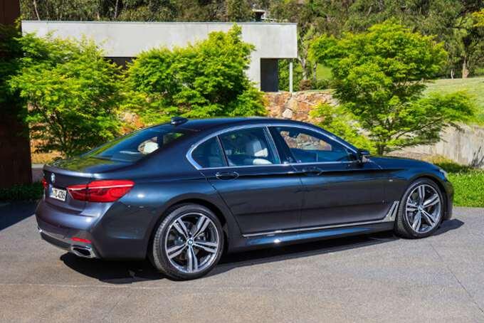 боковой вид BMW 5