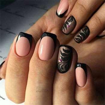 Модный французский черный дизайн ногтей