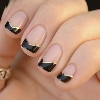 фото черного дизайна с золотым полосками